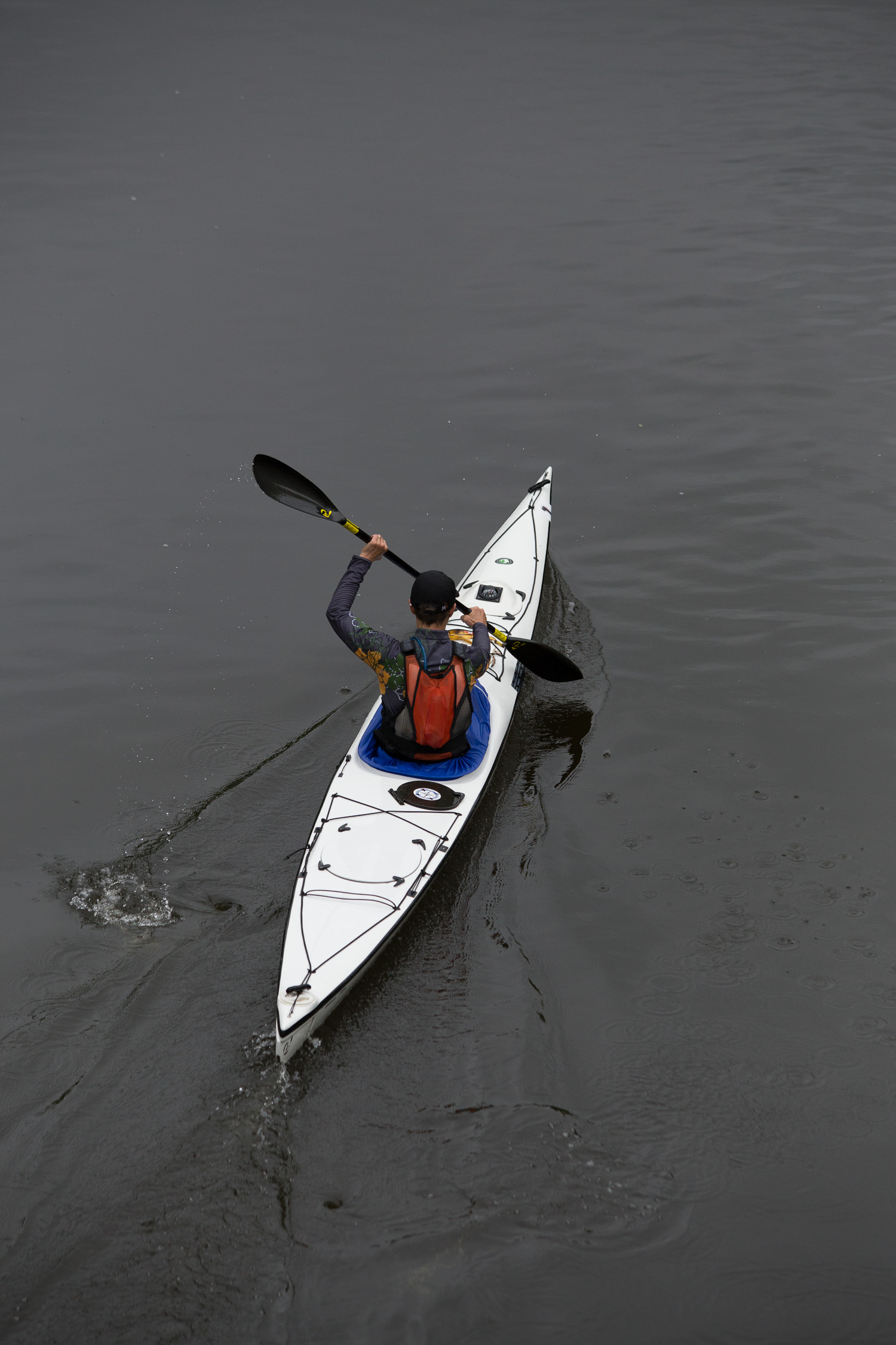 Please attach picture(s) of your boat. (yes again!) Distance shots are good for identifying you from afar. And of you!  C'mon, this race is about people too.   Let's see some headshots.